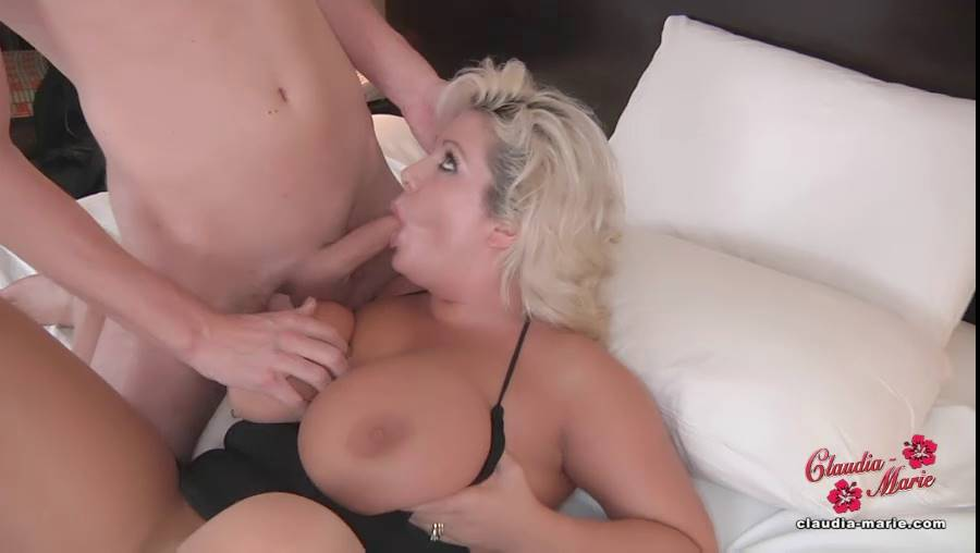 Lesbian piss slave porn