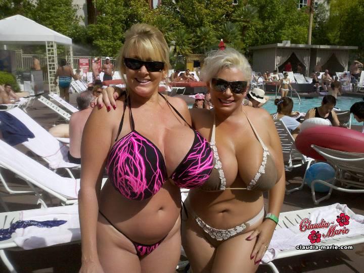 Big Tits In Vegas