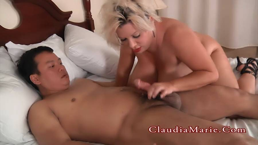 fat girls dripping pussy