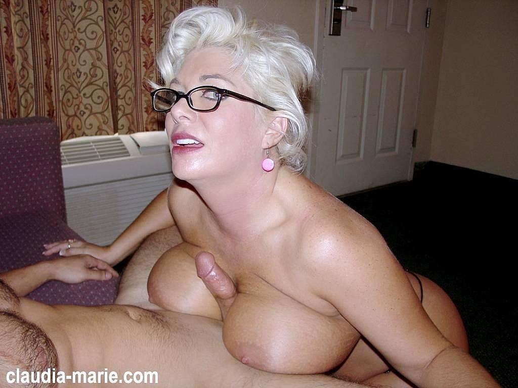 Are nude big tits milf